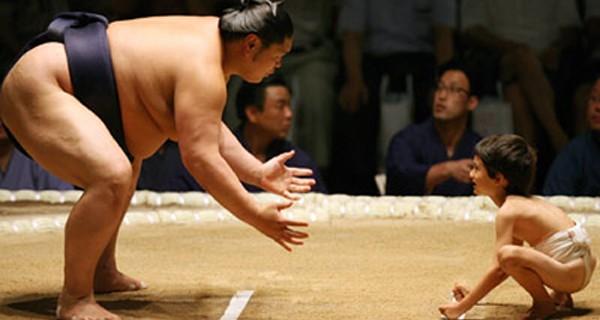 sumo-wrestlers-600x320